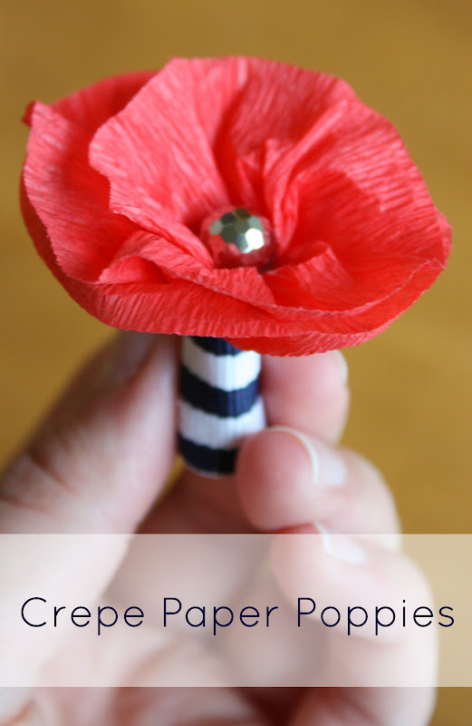 Crepe paper poppies lulu the baker make these easy diy crepe paper poppies to wear on memorial day mightylinksfo