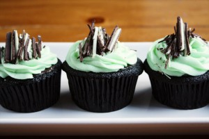 andes-mint-chocolate-cupcakes-2