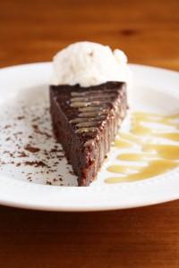 flourless-chocolate-cake-salted-caramel-sauce