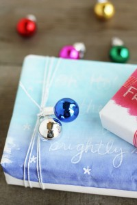 DIY-painted-wrapping-paper