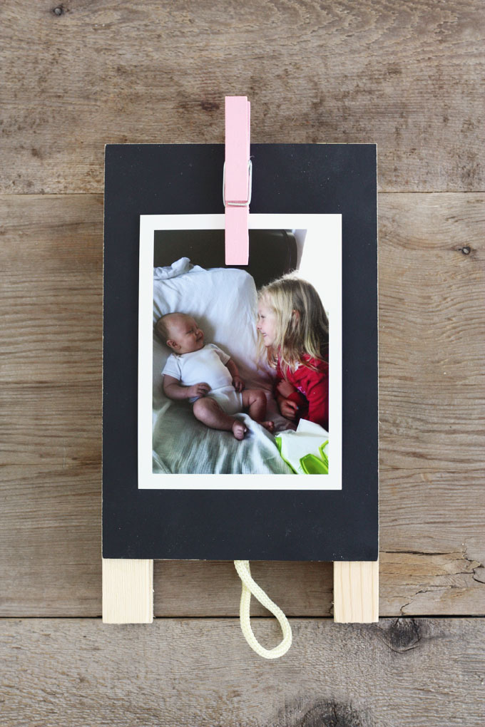 DIY family photo clip board display timeshel