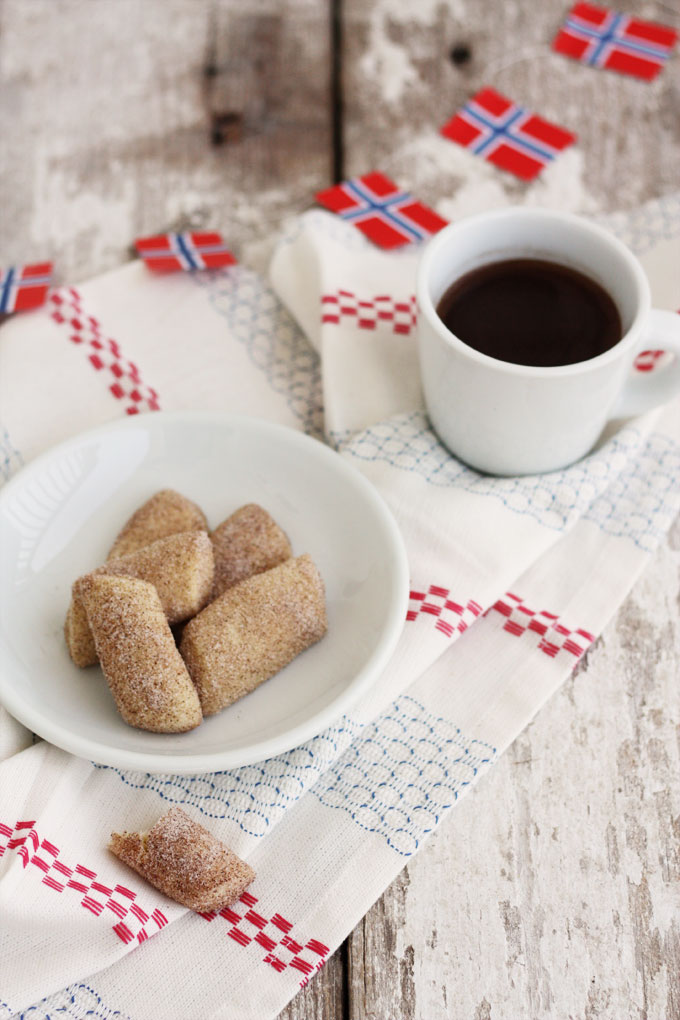 scandinavian christmas cookies