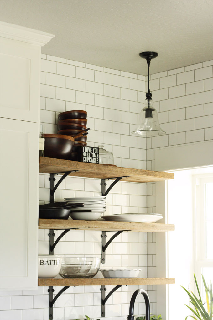 white subway tile farmhouse kitchen