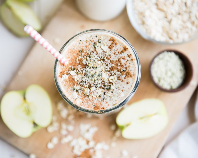 top 10 recipes of 2015 | apple n' oats breakfast smoothie