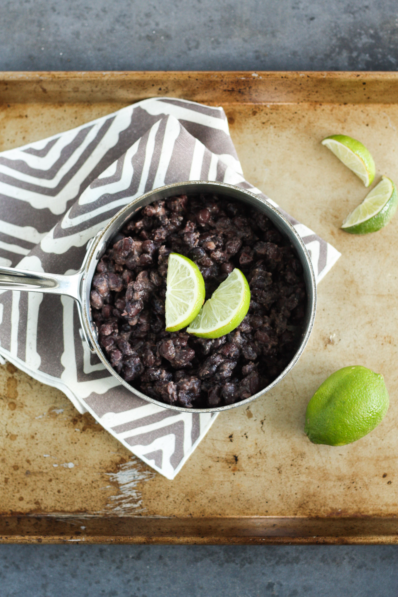 Easy seasoned black beans are the perfect side dish for all of your favorite mexican foods.