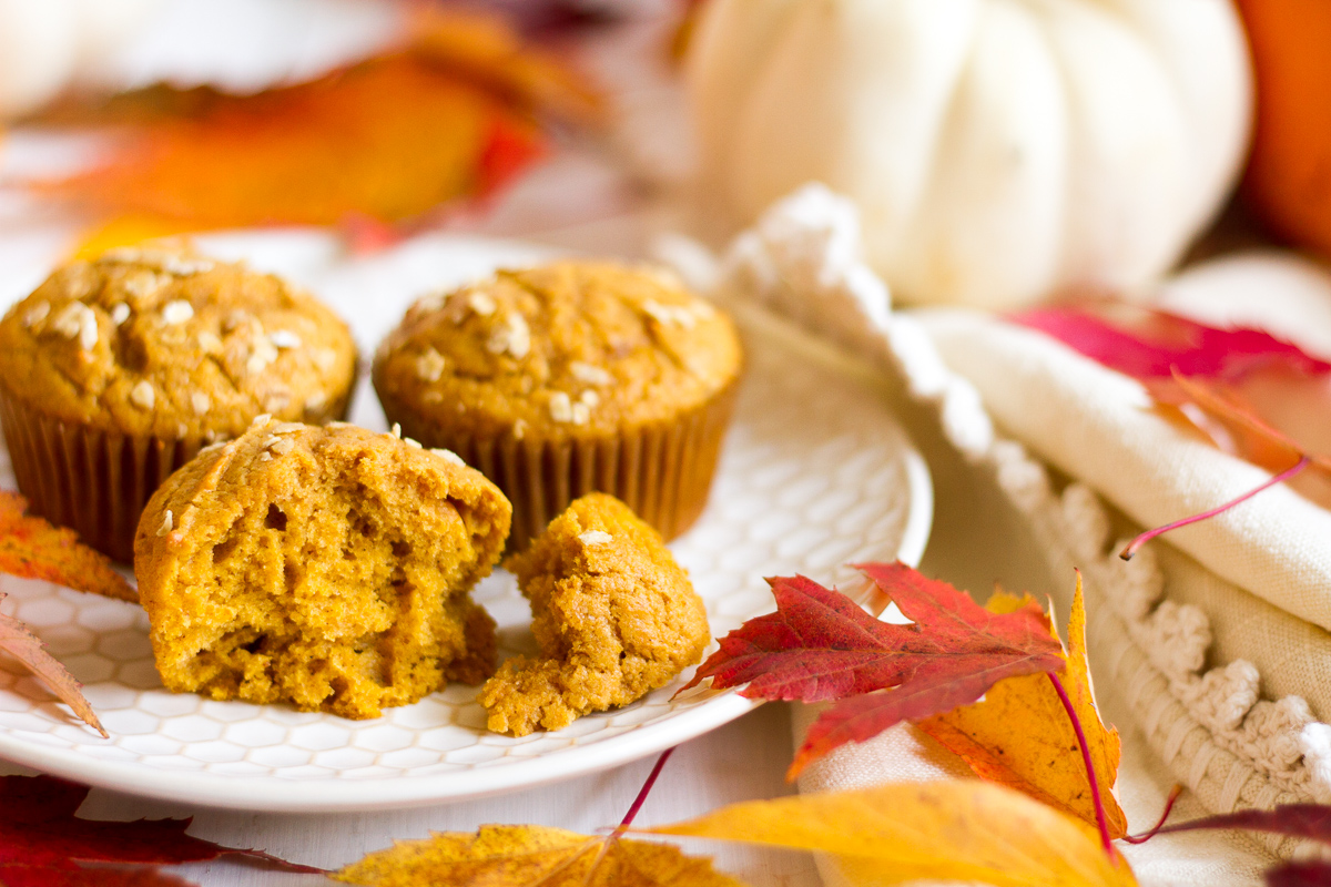 These easy pumpkin muffins are a breeze to make, and are the perfect delicious Fall breakfast!