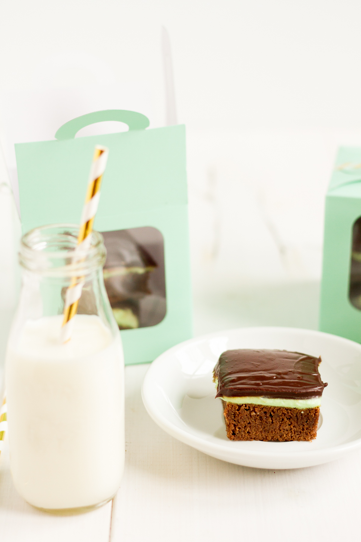 Rich, homemade brownies topped with a layer of minty buttercream and chocolate ganache, these mint chocolate brownies are perfection.