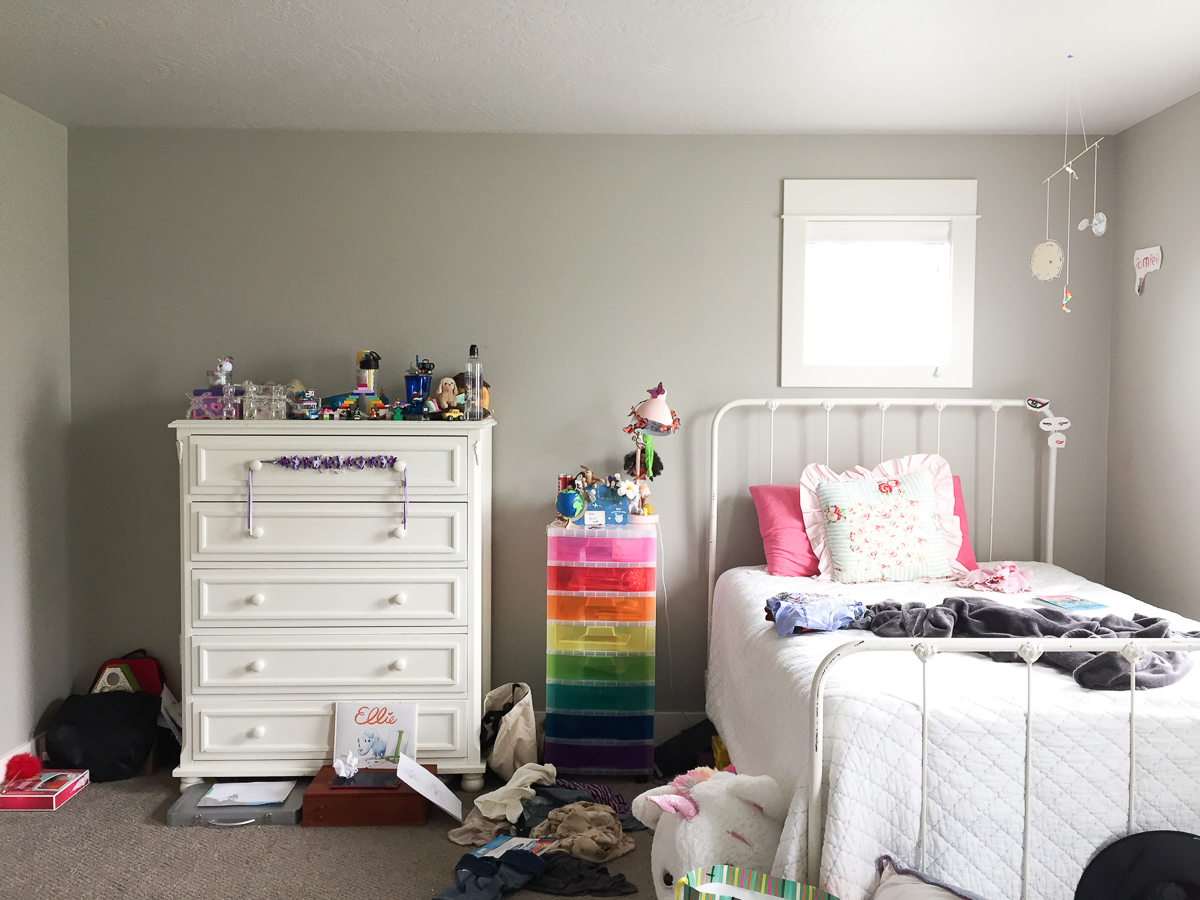 I'm making over our daughter's bedroom for the Spring 2019 One Room Challenge! The room needs a good clean out, some smart storage, and thoughtful, cohesive design.