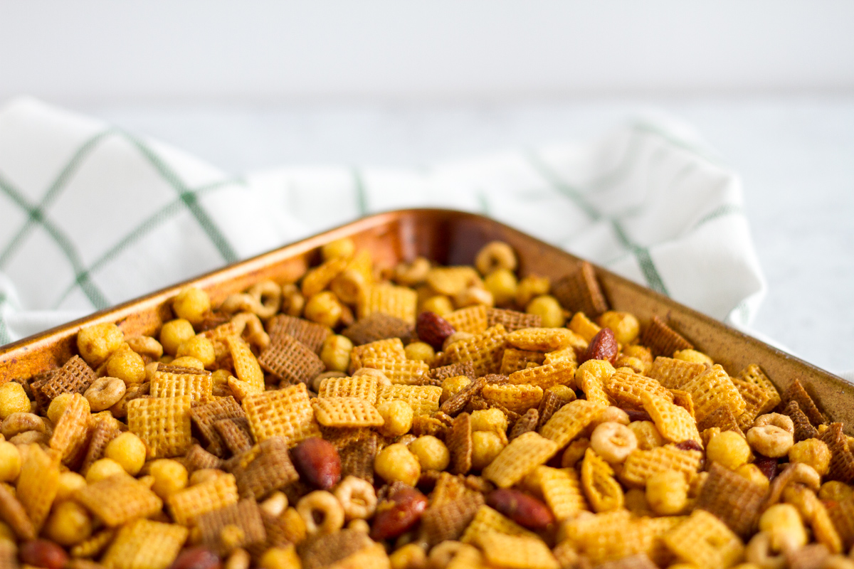 Honey garlic chex mix is so easy to make and so hard to resist. Perfect for holiday parties and snow days cozied up at home.